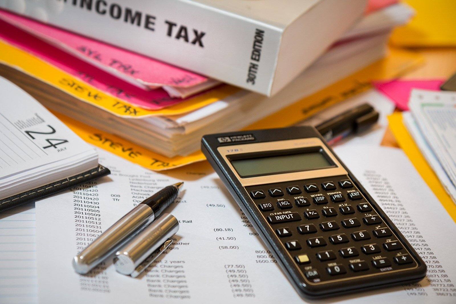 Taxes for Artists: A Start-To-Finish Guide